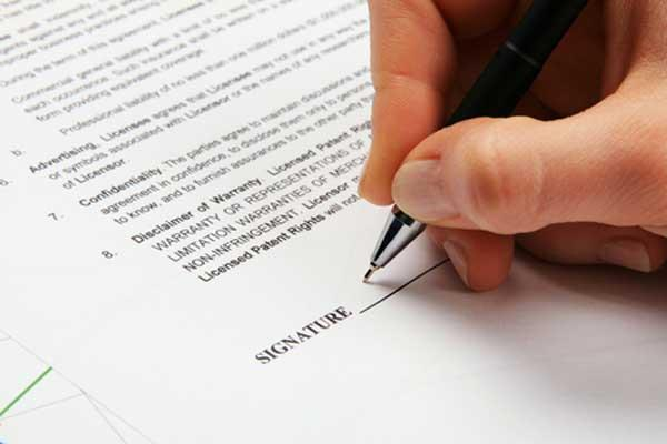 Writing Good Business Contracts Takes Expert Advice