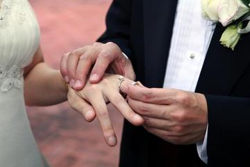 Why Parents Are Advising Kids to Hold Off on Marriage