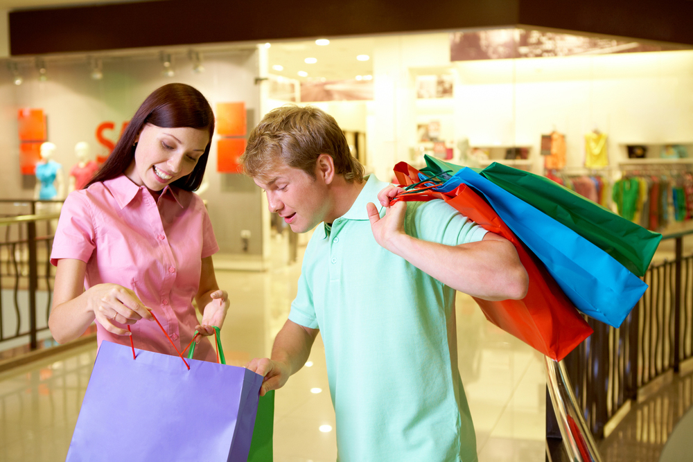 How Men and Women Shop Differently
