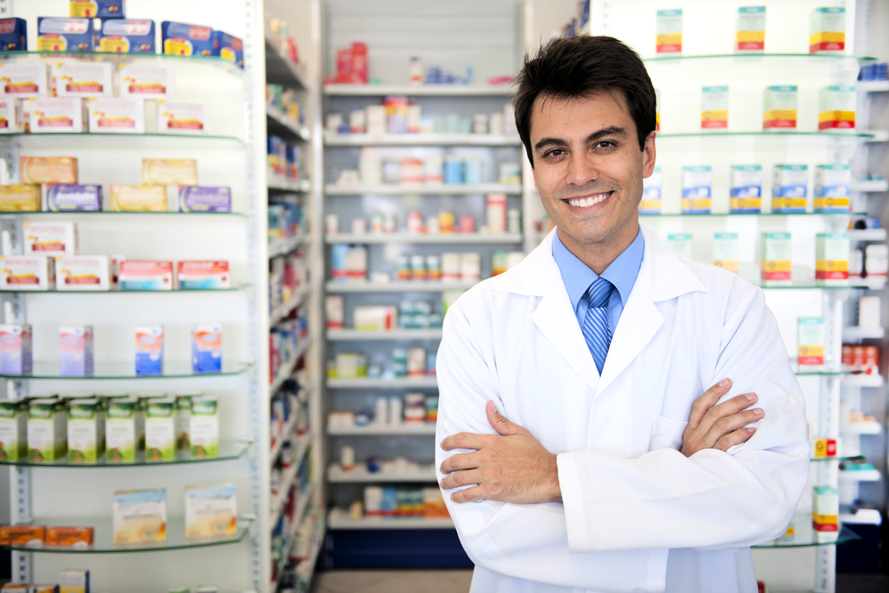 How do you become a Pharmacists?