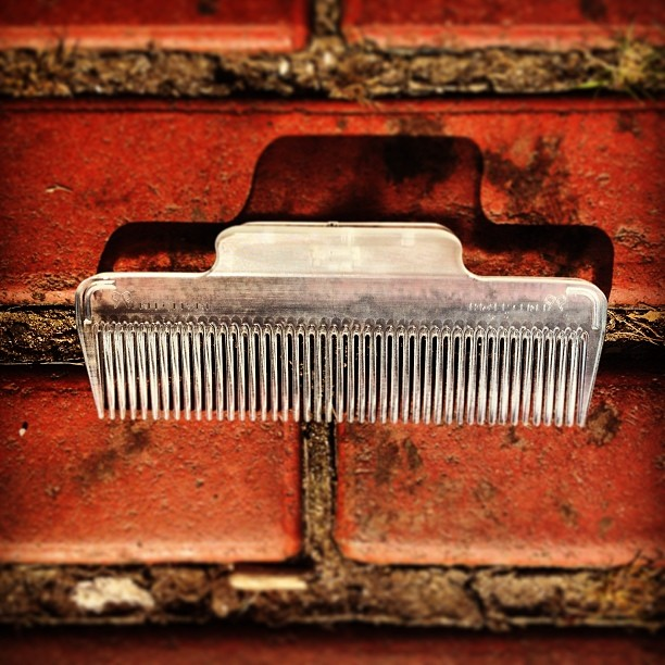 Startup Reinvents the Comb