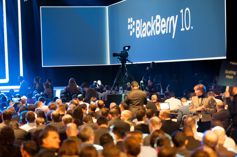 BlackBerry, Fairfax Buyout Collapses: Should Business Users Worry?