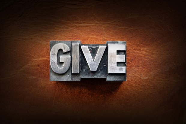 Want Your Business to Give Back? 6 Services That Help You Do It