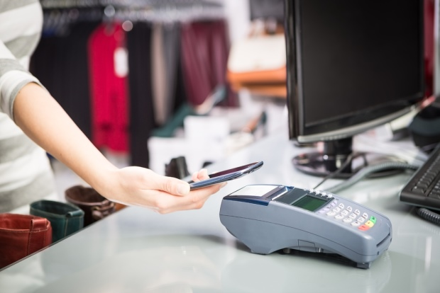3 Questions to Ask Before Accepting Mobile Payments
