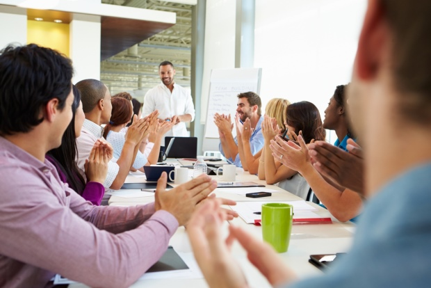 Business Presentations: 5 Tips to Engage Audiences