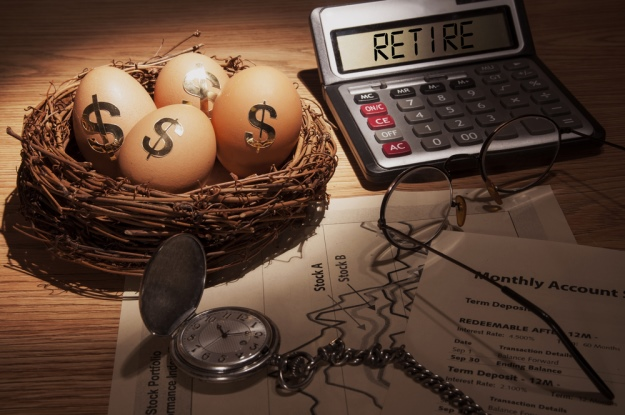 Should Your Small Business Offer a 401(k) Plan?