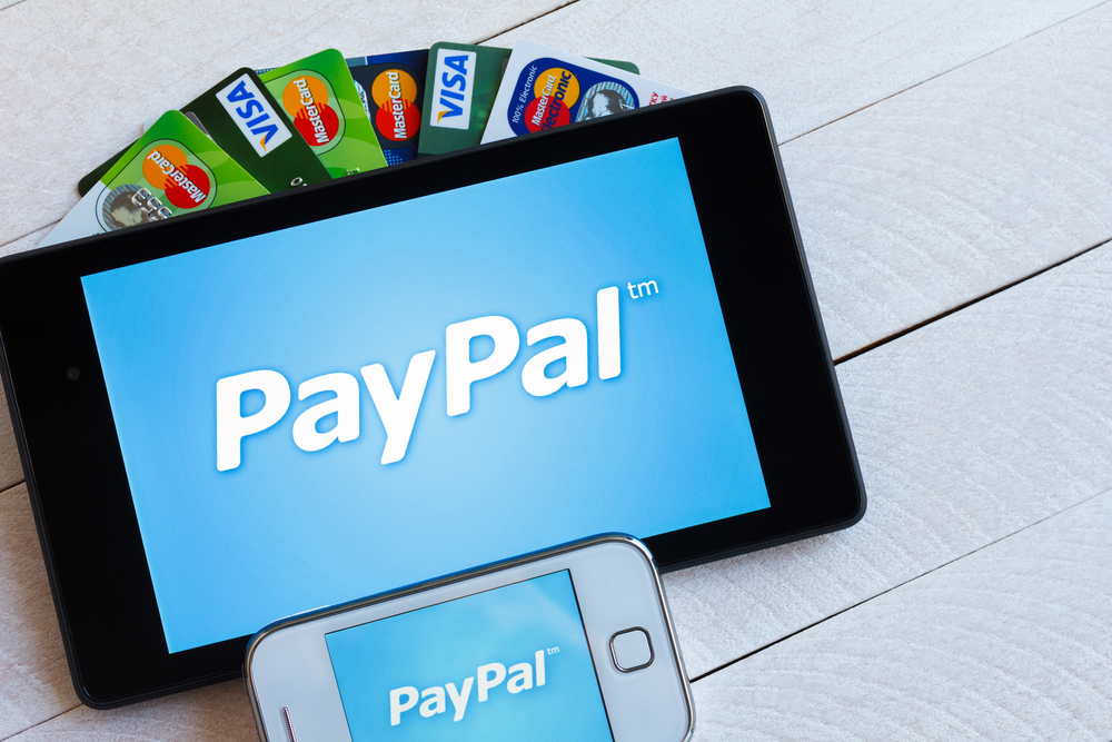 Paypal Mobile Card Reader >> PayPal's Mobile Credit Card Reader: What You Need to Know