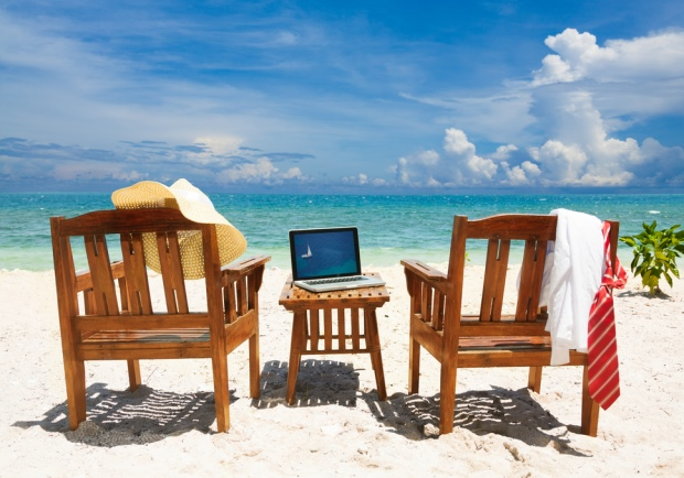 6 Tech Gadgets for Your Working Vacation