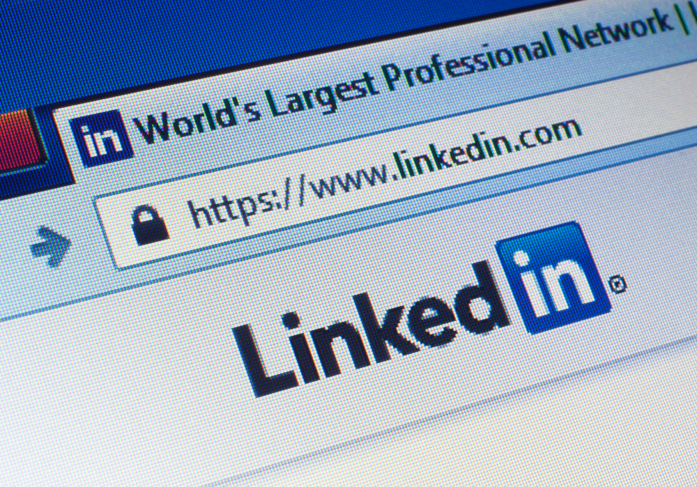 10 Ways to Make a Perfect LinkedIn Profile