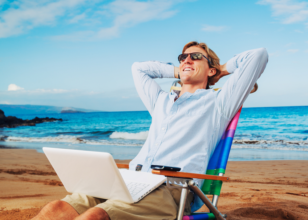 Vacationing? 5 Tech Tools for Managing Your Business