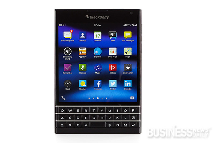 BlackBerry Deal: Trade In your iPhone, Get the Passport for Free