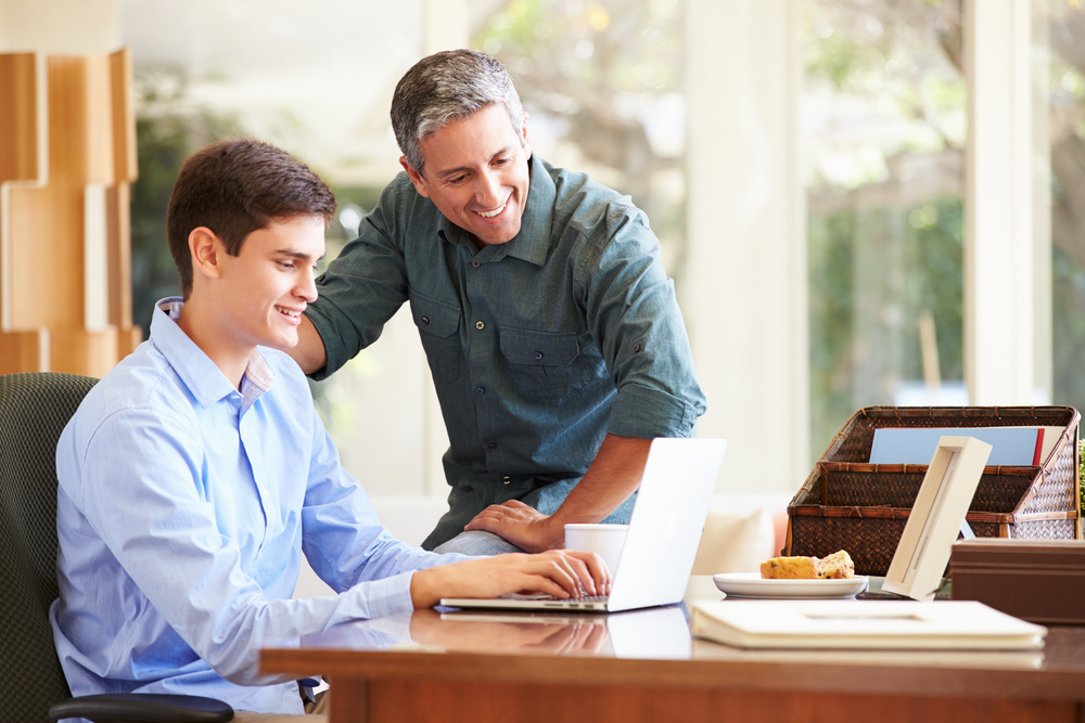 A Millennial's Best Career Resource? Mom and Dad