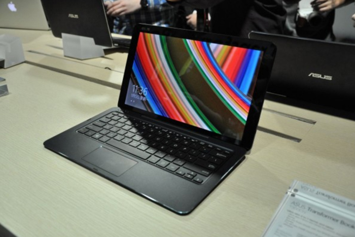 ASUS Transformer Book Chi T300 Hands-On: Is it Good for Business?