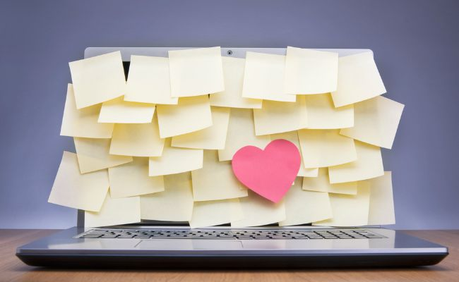 Office Crush? 7 Tips for an Appropriate Work Romance
