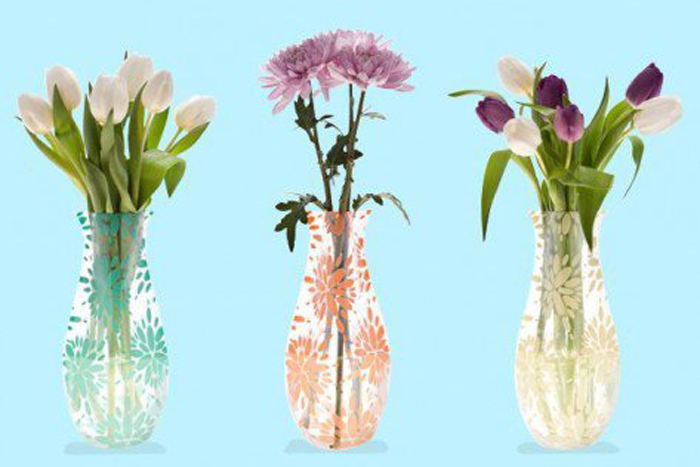 Collapsible vase