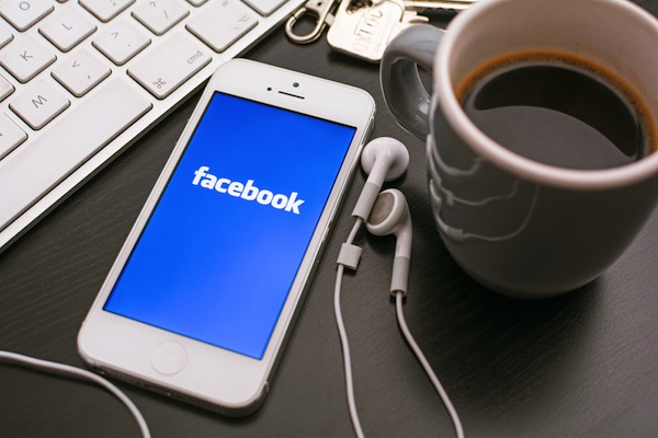 Facebook to Test Two New Mobile Ad Formats