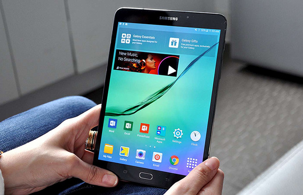 samsung galaxy s2 8 inch review is it good for business. Black Bedroom Furniture Sets. Home Design Ideas
