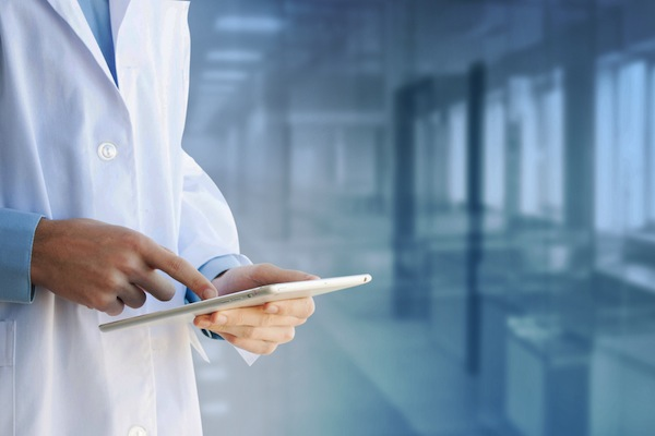 Choosing the Right EHR System for Your Medical Practice