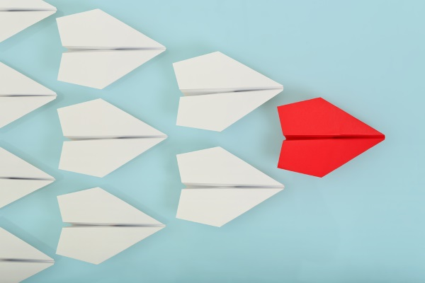 8 Simple Ways to Become a Better Leader
