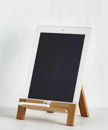Easel tablet stand