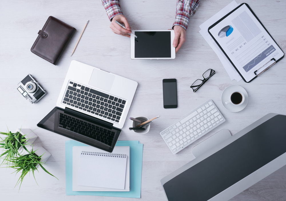 Managing Tech Use at Work Is All About Balance