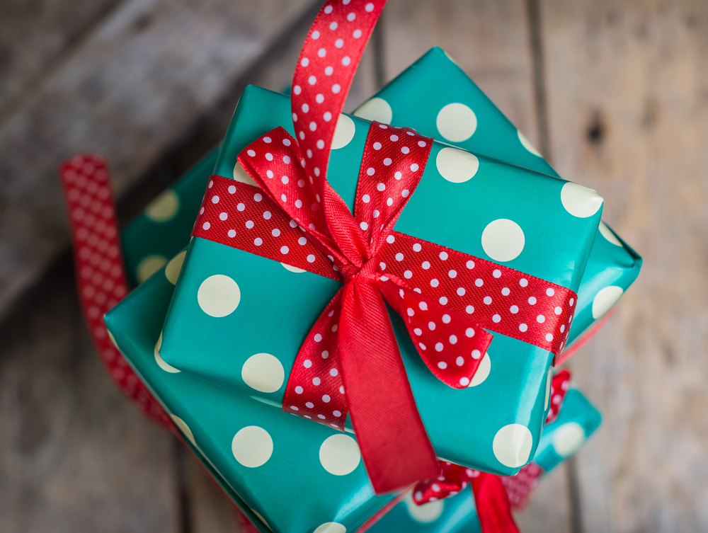 40 Fun (and Cheap!) Gifts for Your Boss