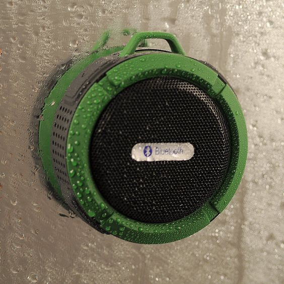 VicTsing wireless and waterproof Speakers