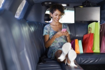 Affluent consumers spending more dough on the go
